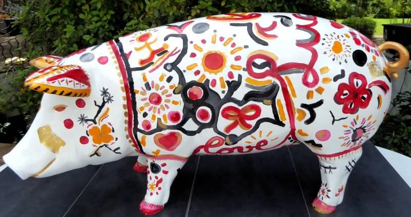 animal en résine peinte à la main